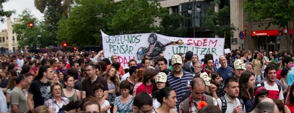 Después de los recortes, enseguida llegaron las protestas
